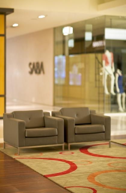 LowRes_Shopping Center0378.jpg