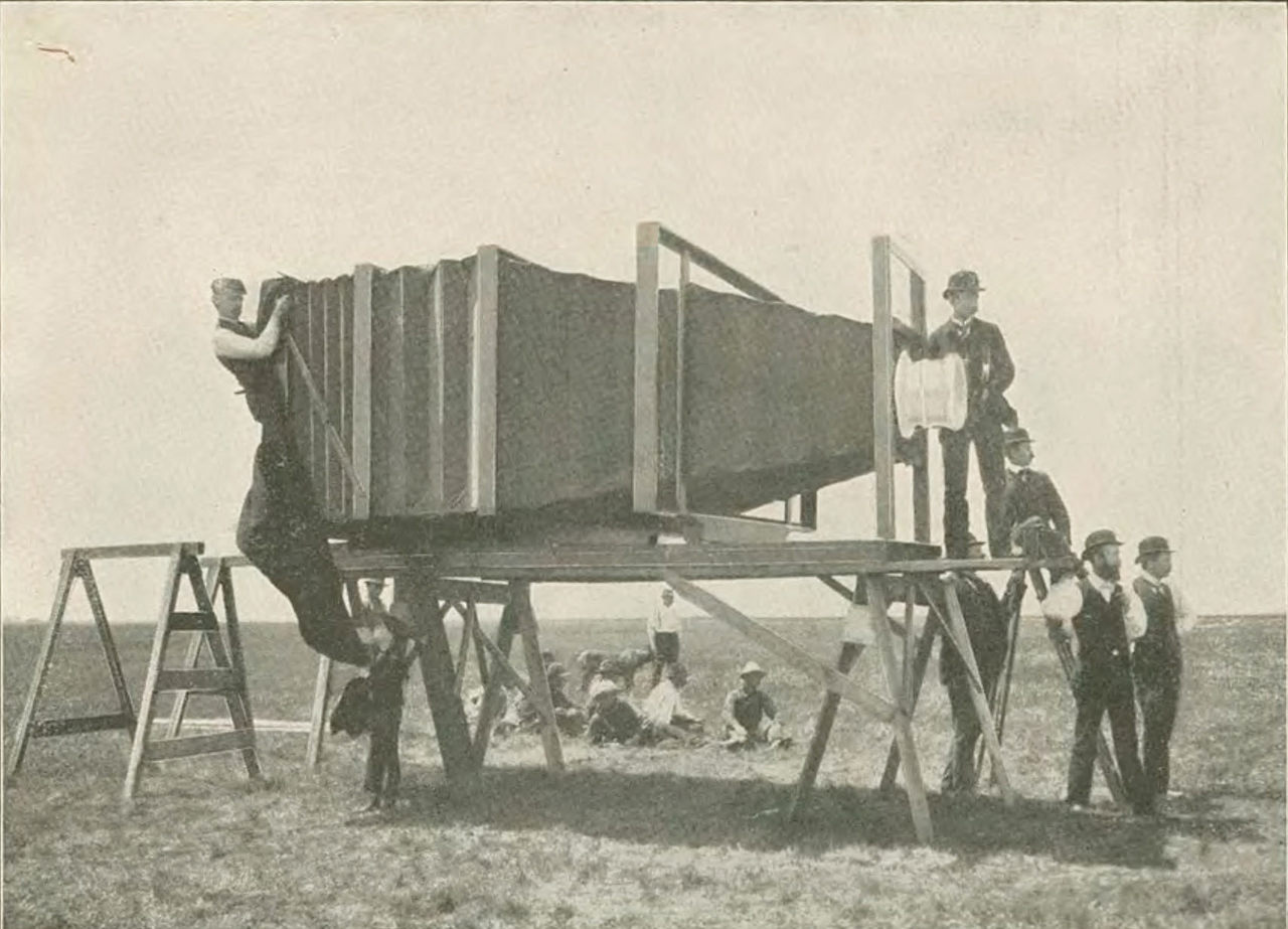George R. Lawrence and his 1,400-pound camera. INDIANA HISTORICAL SOCIETY