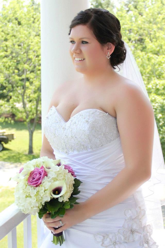 WINONA VINE ESTATES WEDDING FLOWERS