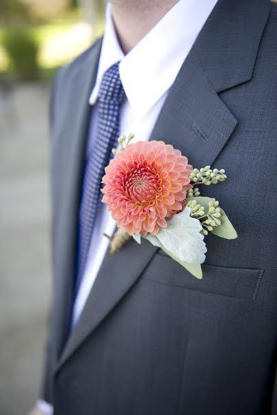 groomsweddingflowers