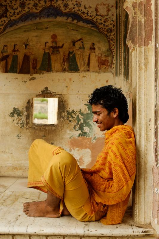 Vijay / Galtaji - Jaipur, India / May 2014