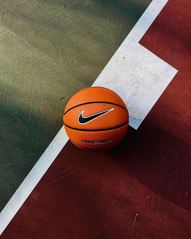 Last week in the heeeaaaat . . . . . #sportchangeseverything #chicago #basketball #nike #shotoniphone