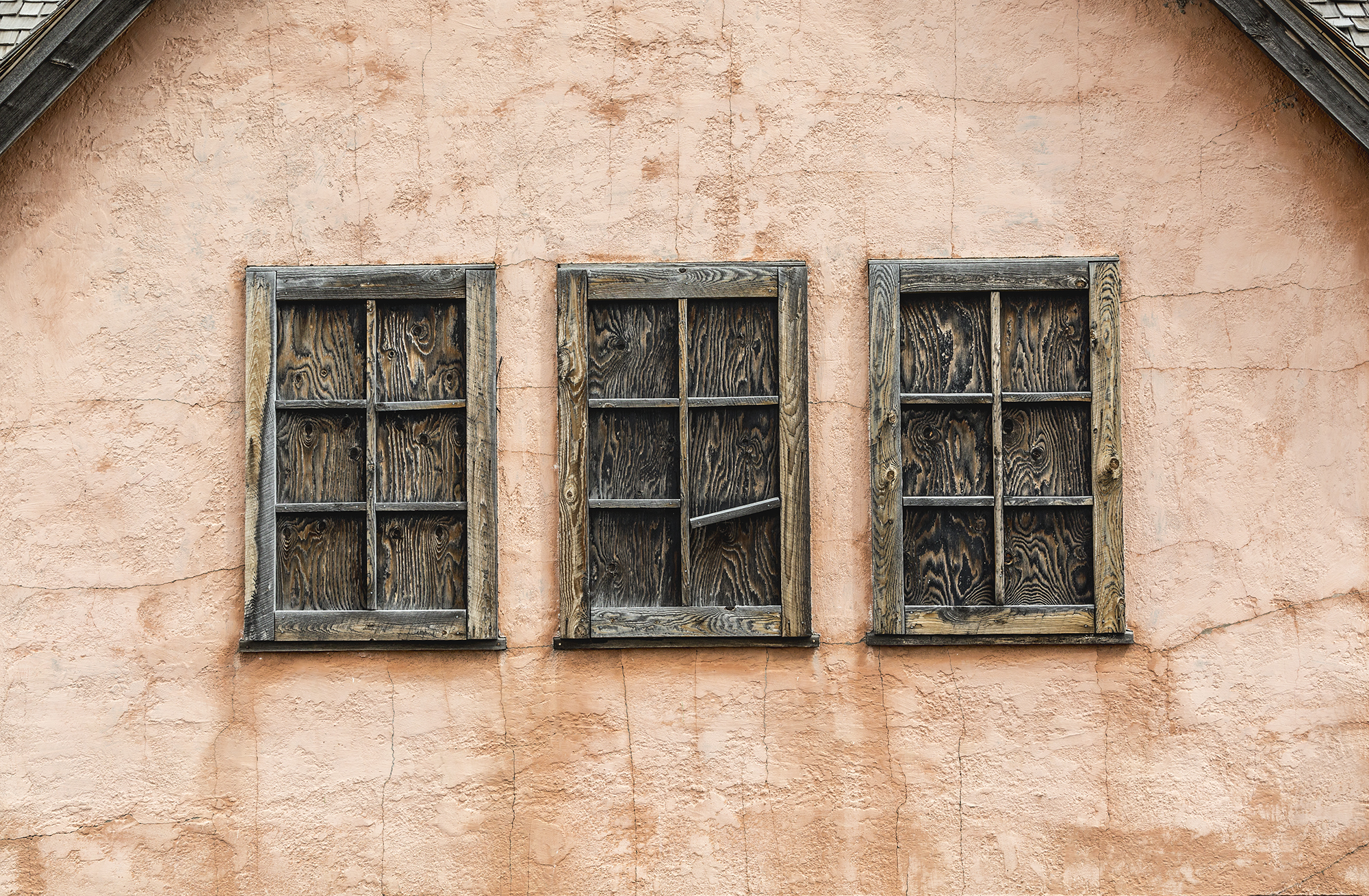 Stucco Barn Facade.jpg