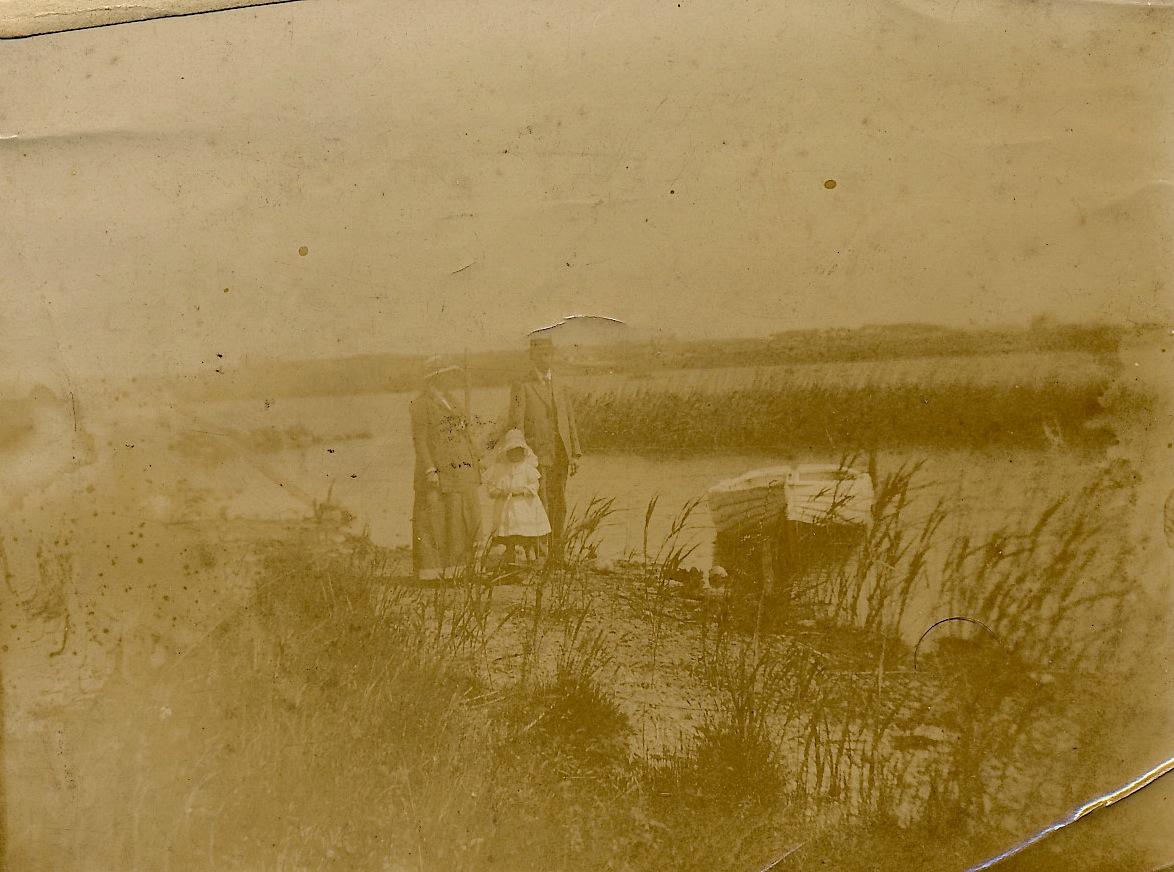 R hosneigr, Wales: Statira, & Edward Little and Margaret Bell. (c. 1911)