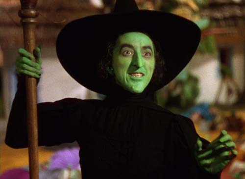 Witches don't need to be ugly (to everyone but  Captain Kirk ).