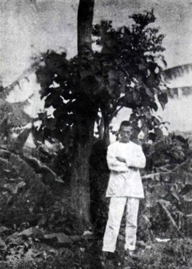 Rimbaud in the Ethiopian city of Harar, circa 1883 (via  Wikipedia )