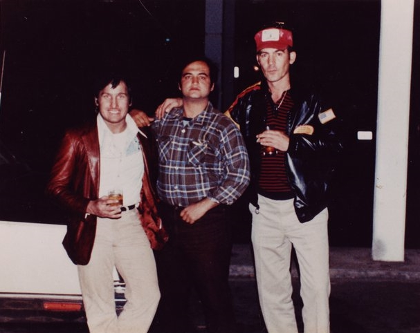 Illusionist Jonathan Pendragon, John Belushi and Hunter S. Thompson (via    iTricks   )