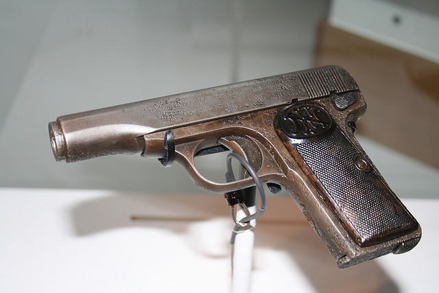 Pistol used to assassinate Ferdinand (via    Imperial War Museum in London   )