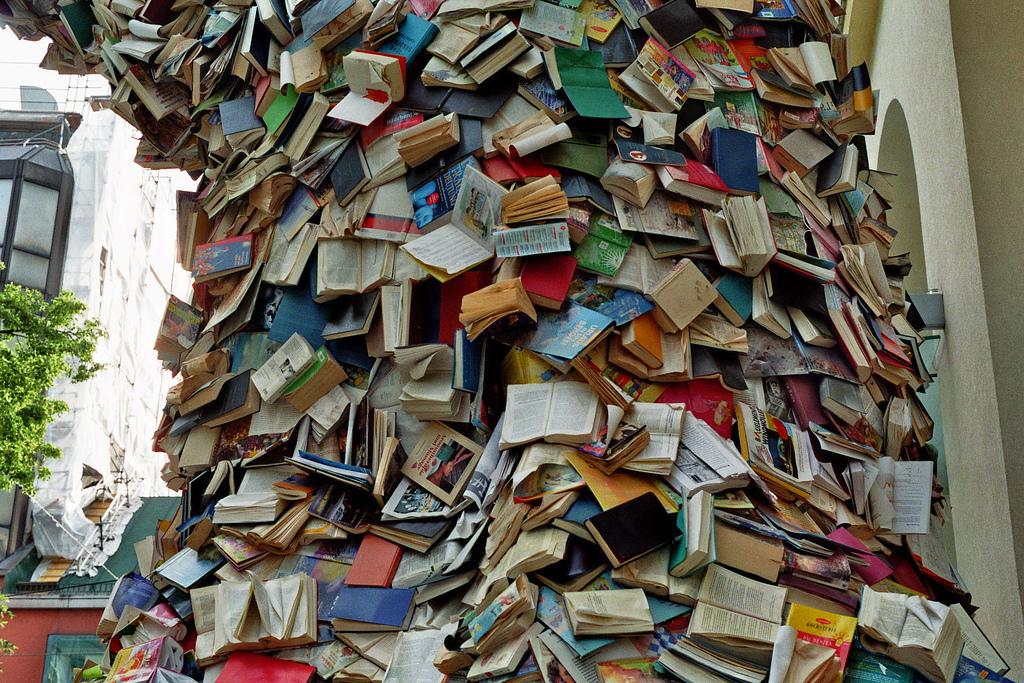 """Biografias"" by Alicia Martin (via    Flickr   )"