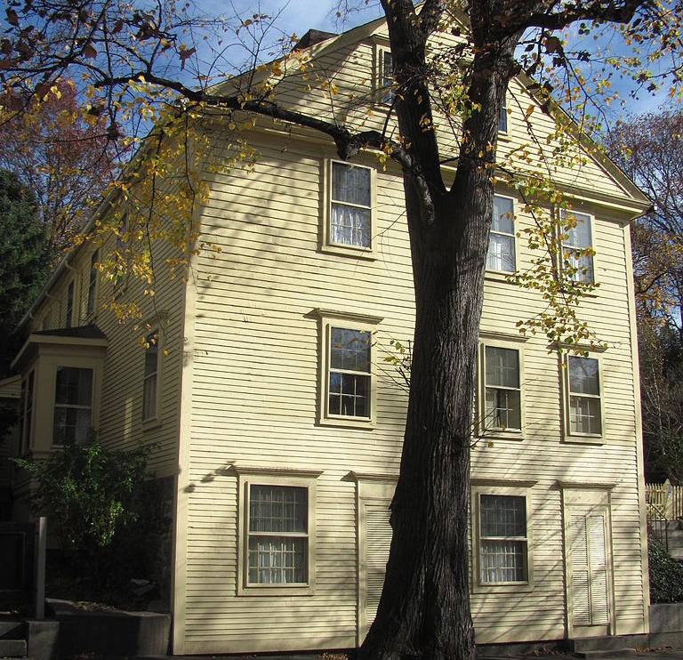 135 Benefit Street, Providence (via      Wikipedi  a   )