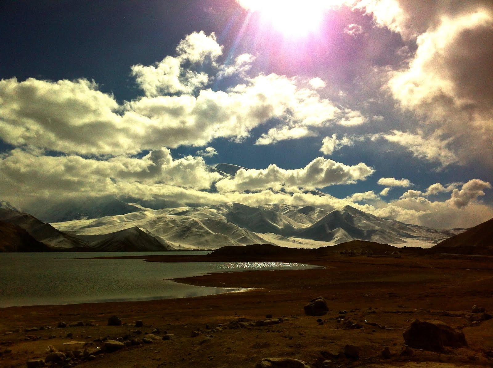 China's Karakoram Highway (via    Will Julian  )
