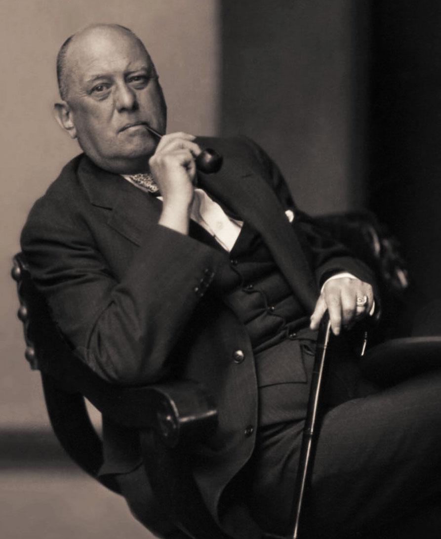 Crowley (via    Aroldo Paiva   )