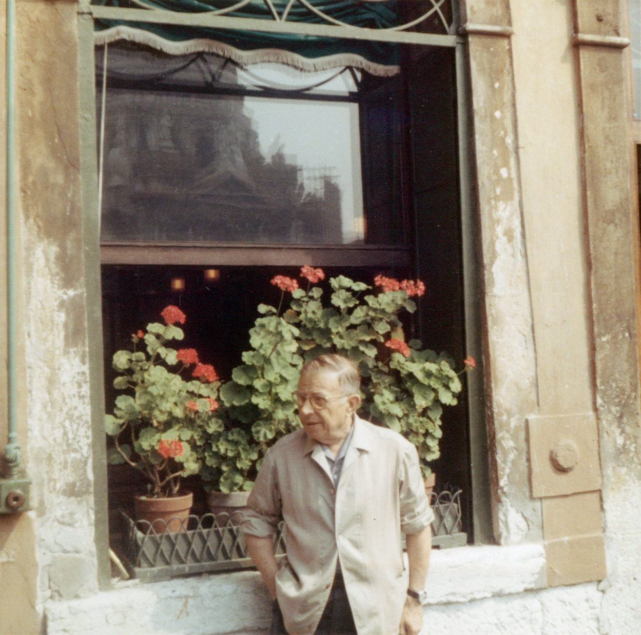 Jean-Paul Sartre in Venice, 1967 (via    Wikipedia   )