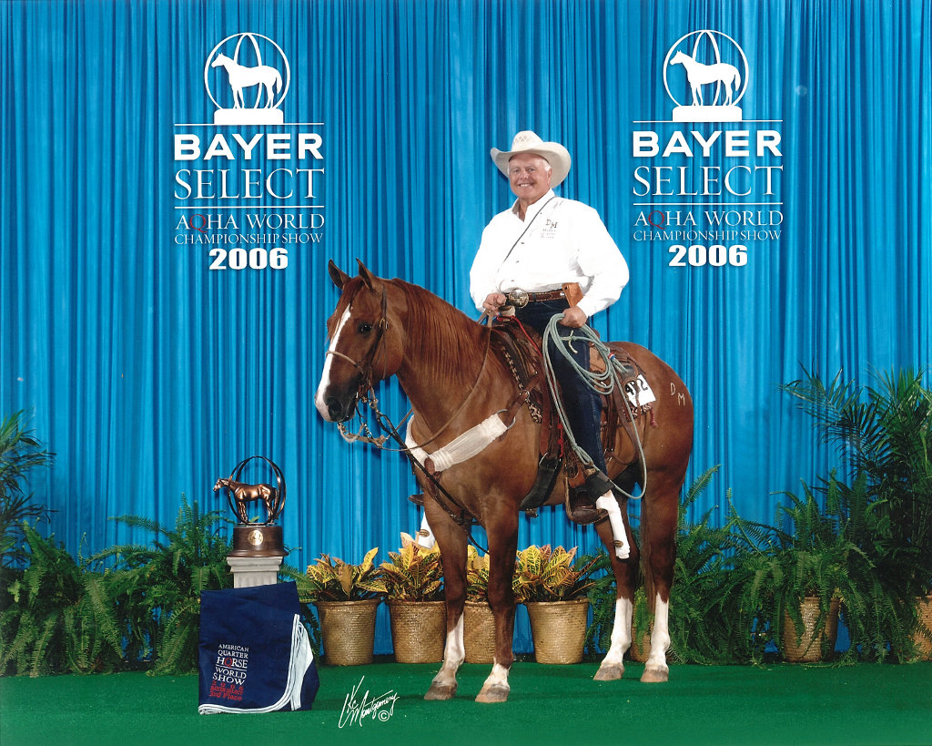Sid Miller shows Big Classic Wonder to a 3rd place finish at 2006 Bayer Select AQHA World Championship Show