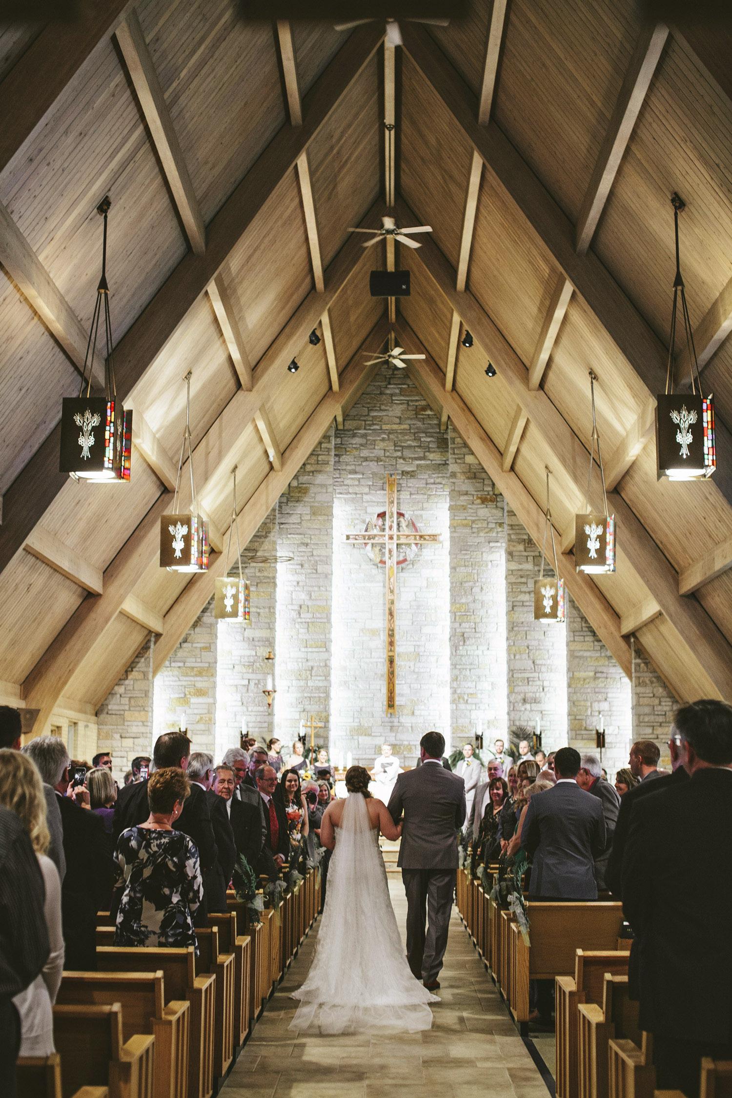 Brandon_Werth_Heritage_Prarie_Farm_Wedding_027.JPG