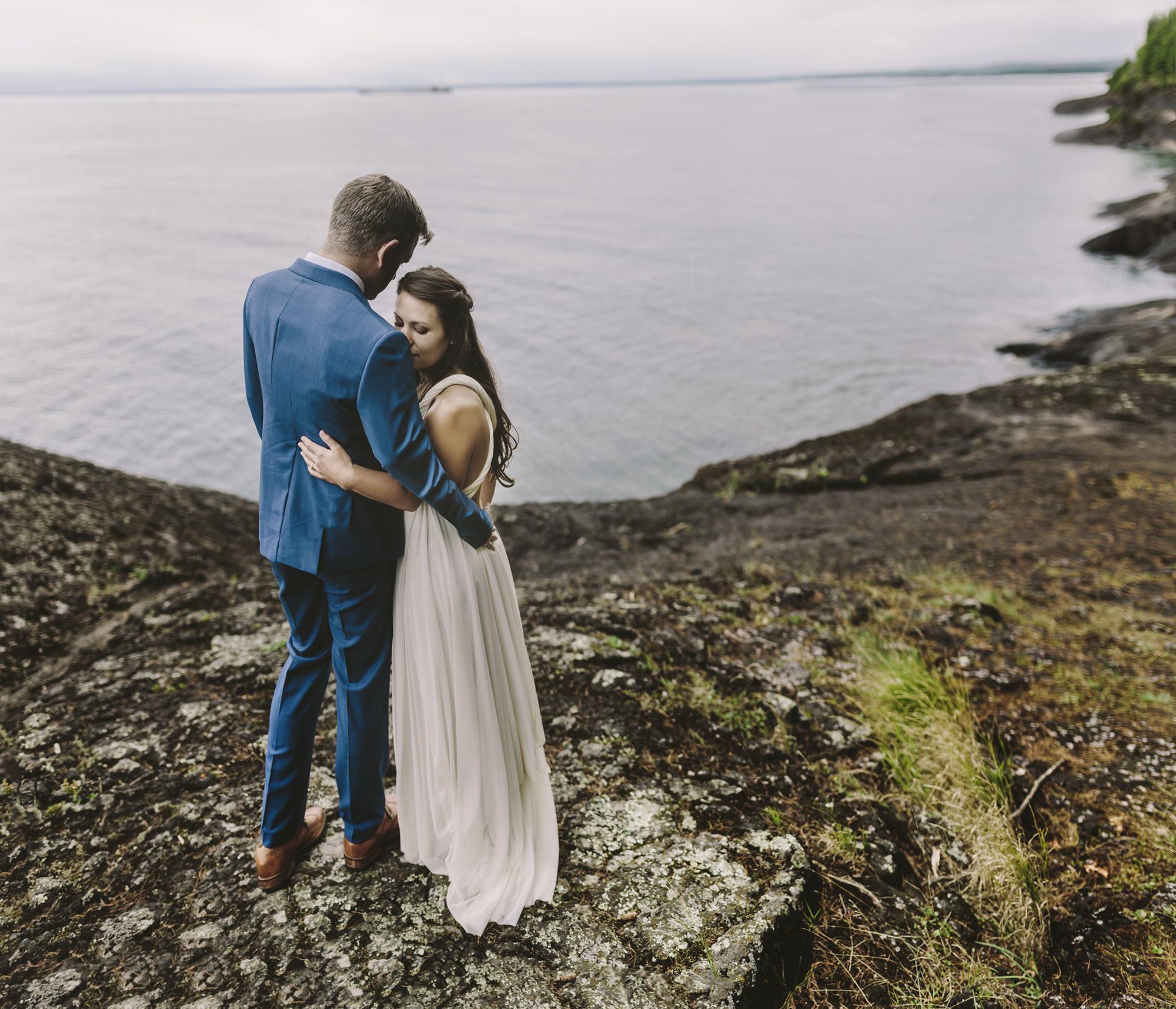 Brandon werth marquette wedding photographer lake superior black rocks