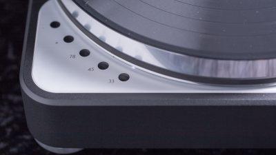 Feickert-Volare-Plattenspieler-Laufwerk-detail-geschwindigkeiten-1280-400x225.jpg