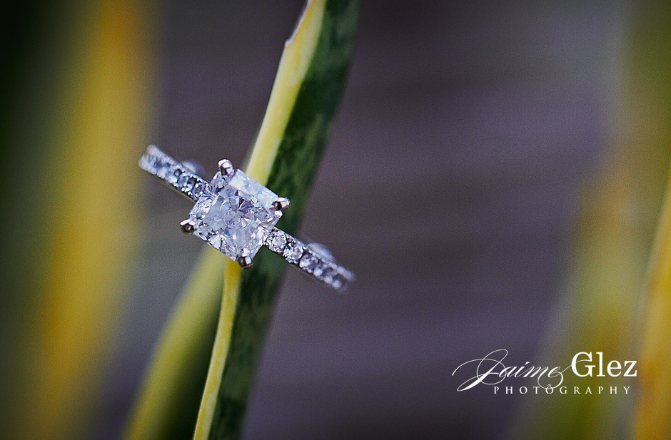 I love thisring... it was so pretty and shinny in real life!!!