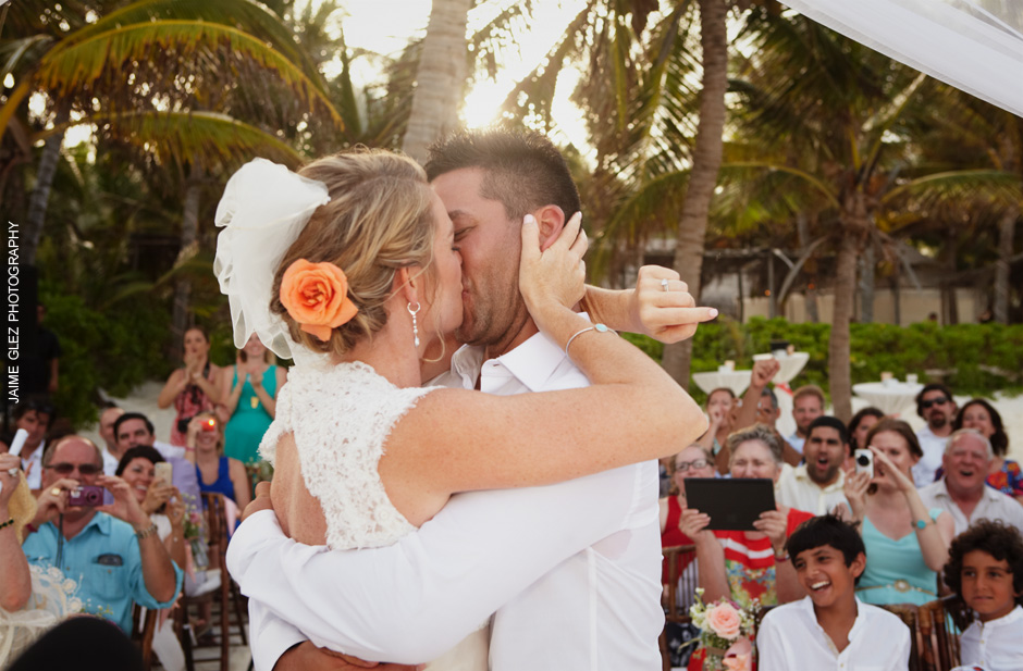 Capturing the first kiss of love as husband and wife!