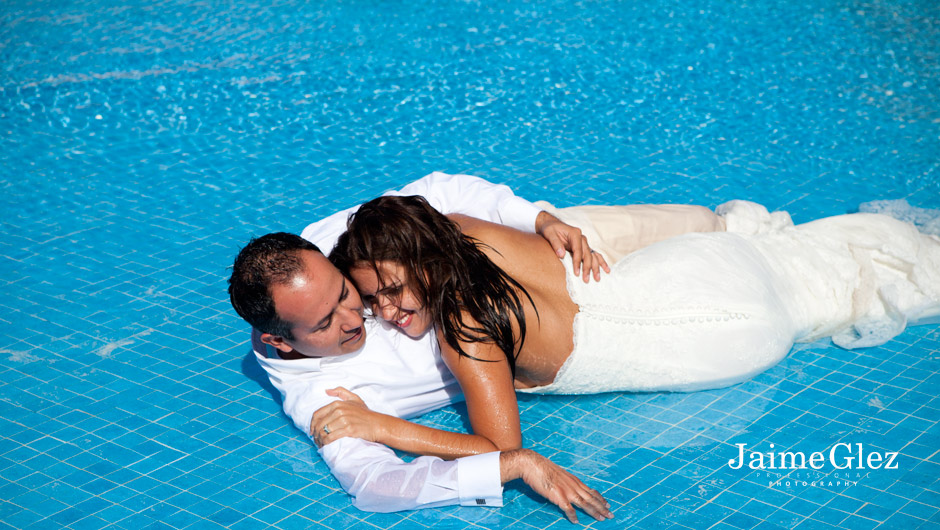pool-wedding