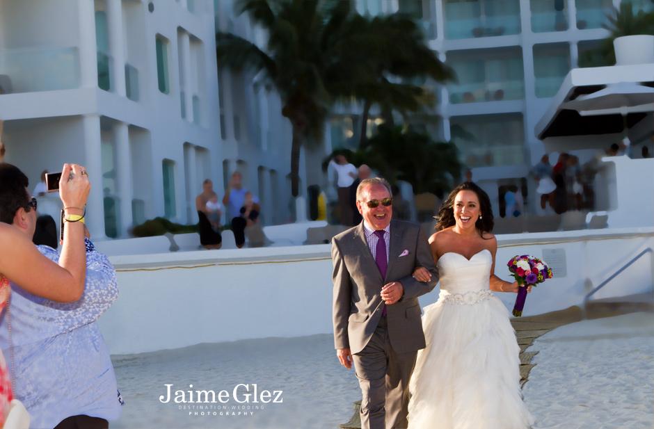 beach-wedding-photos-mexico