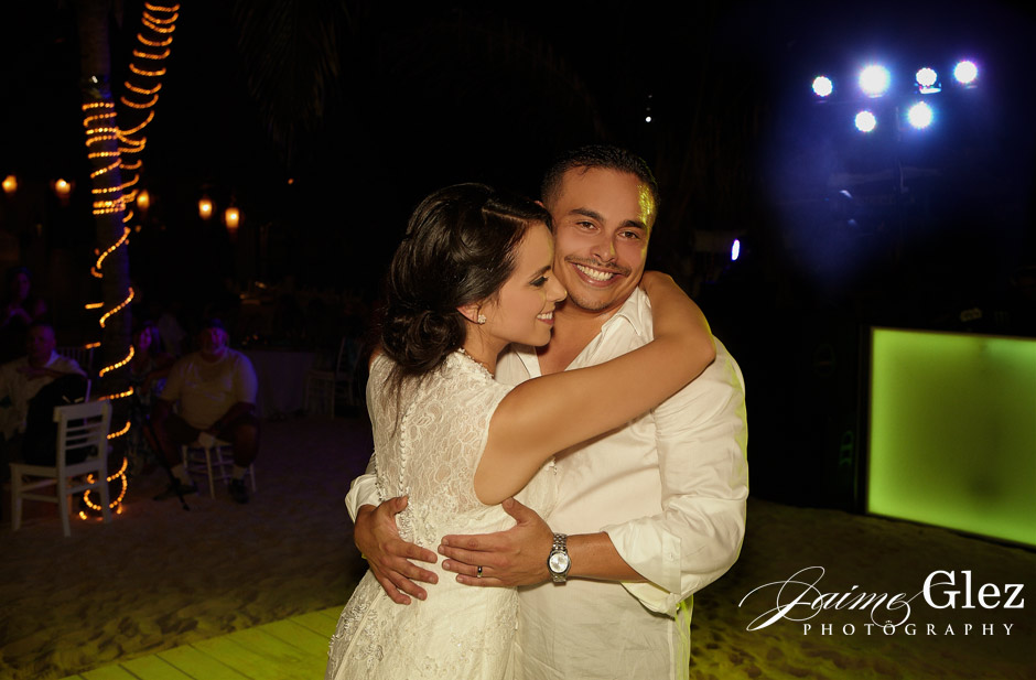 Intimate-wedding-playa-del-carmen