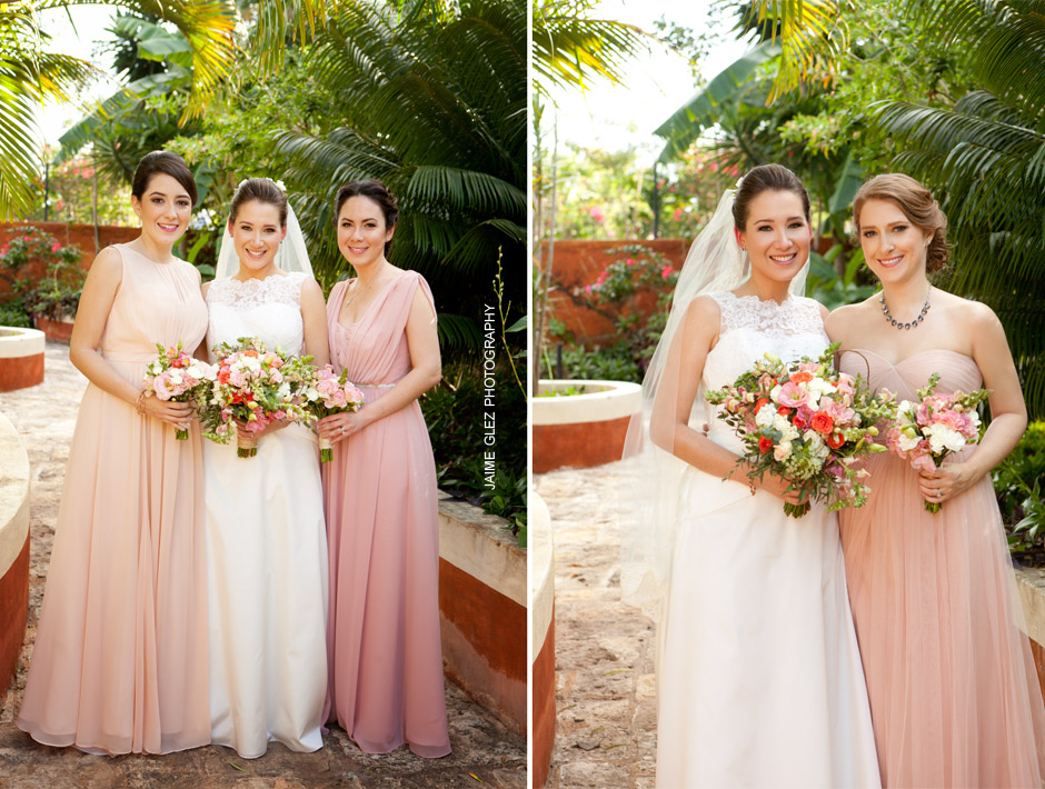 Bridesmaids will always look sweet and romantic with pink pale dresses!