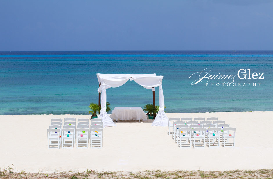 Spectacular Cozumel sea view for the outdoor wedding ceremony!