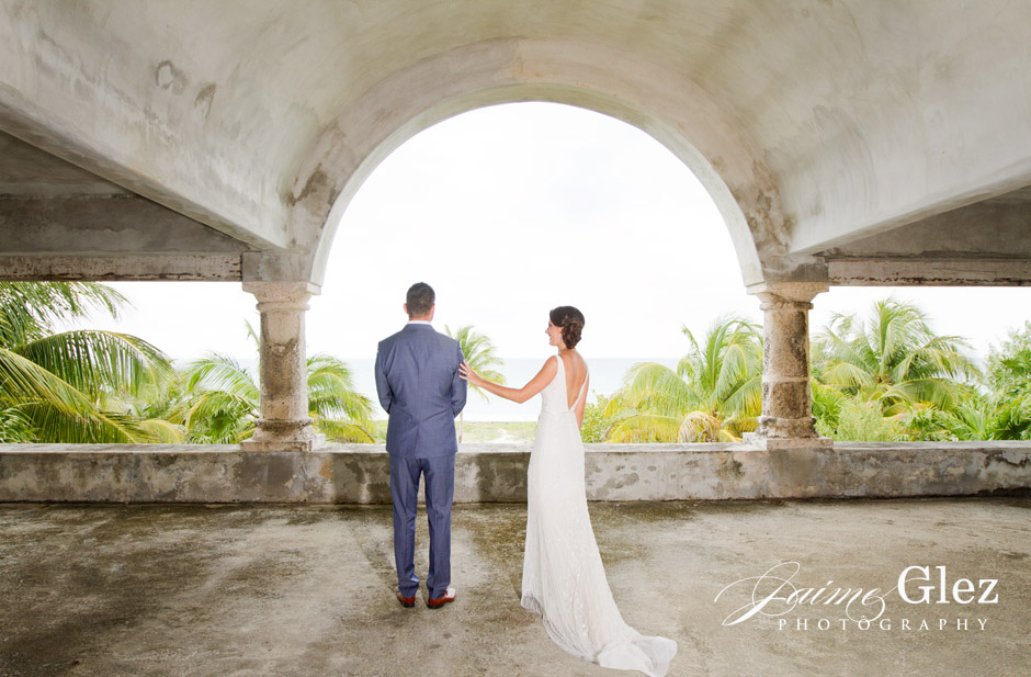 Bride and groom's first sight surrounded by a paradise.