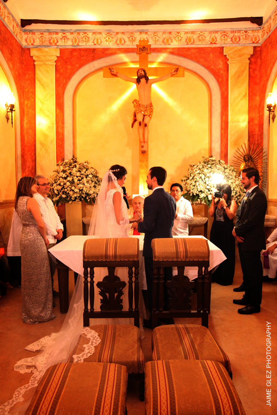 Wedding ceremony at Hacienda Santa Cruz chapel.