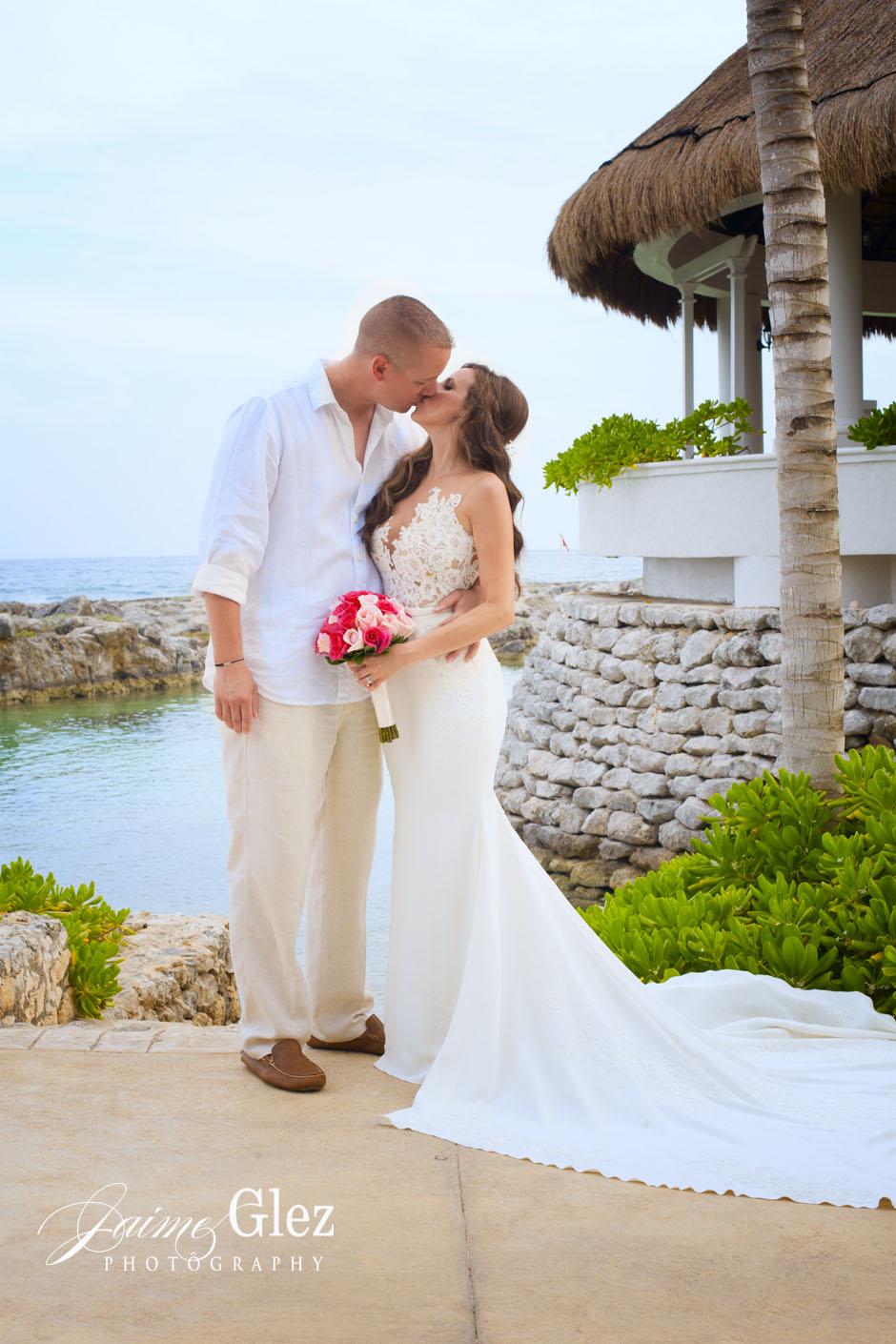 hard-rock-riviera-maya-wedding-11
