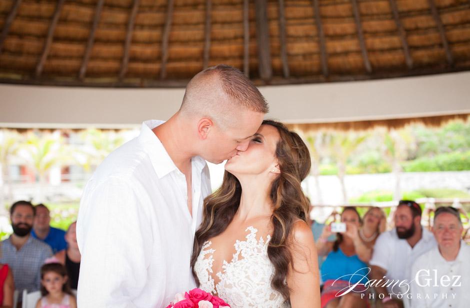 hard-rock-riviera-maya-wedding-10
