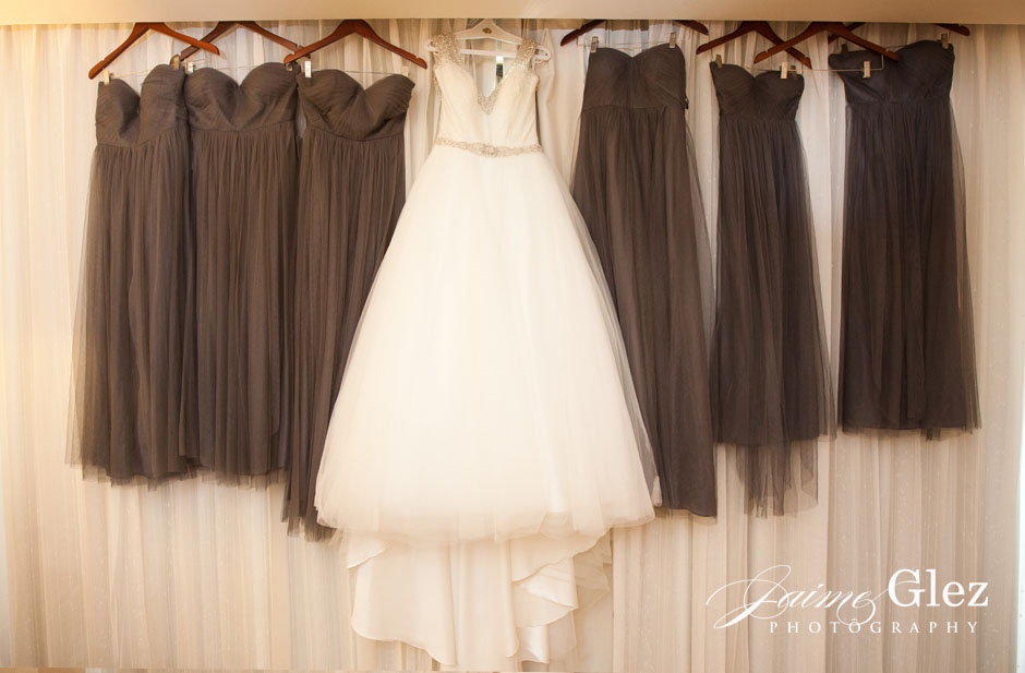 Photo captured before bride and bridesmaids wear those beautiful dresses.