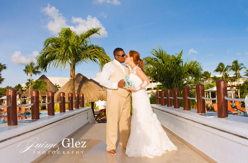 moon palace wedding photographer 40