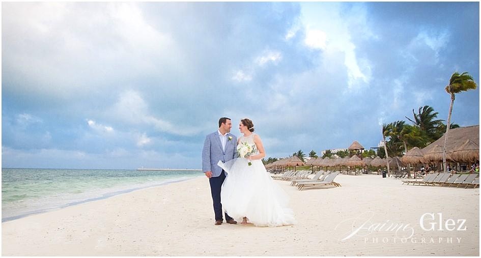 finest playa mujeres wedding photos 18