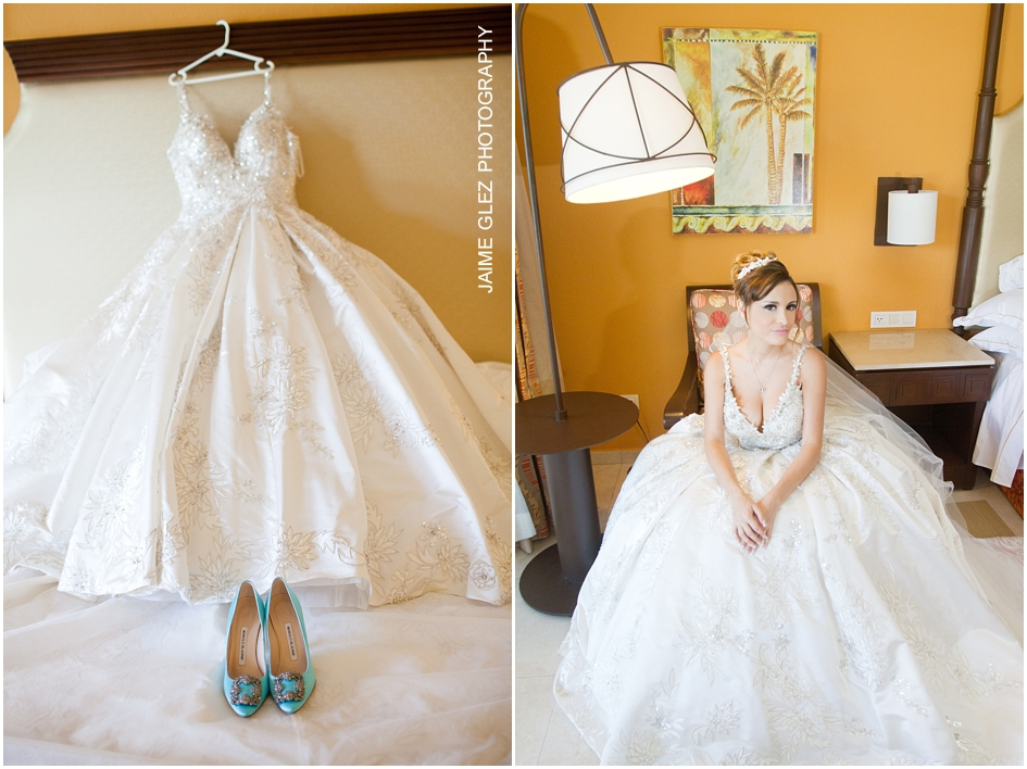 Stunning bridal attire! Truly like a princess bride.
