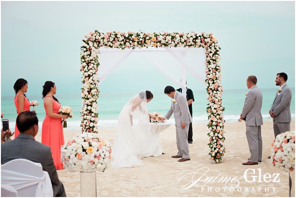 Sandos cancun luxury wedding 23