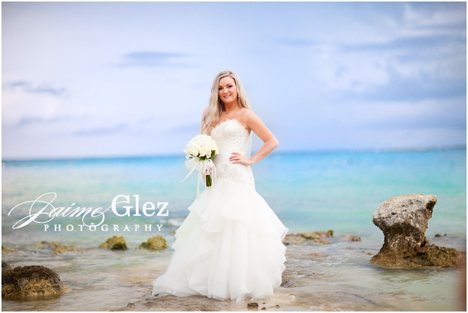Nothing more incredible than a gorgeous bride in the Caribbean.