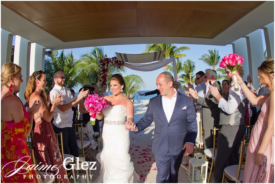 finest playa mujeres wedding pictures 20