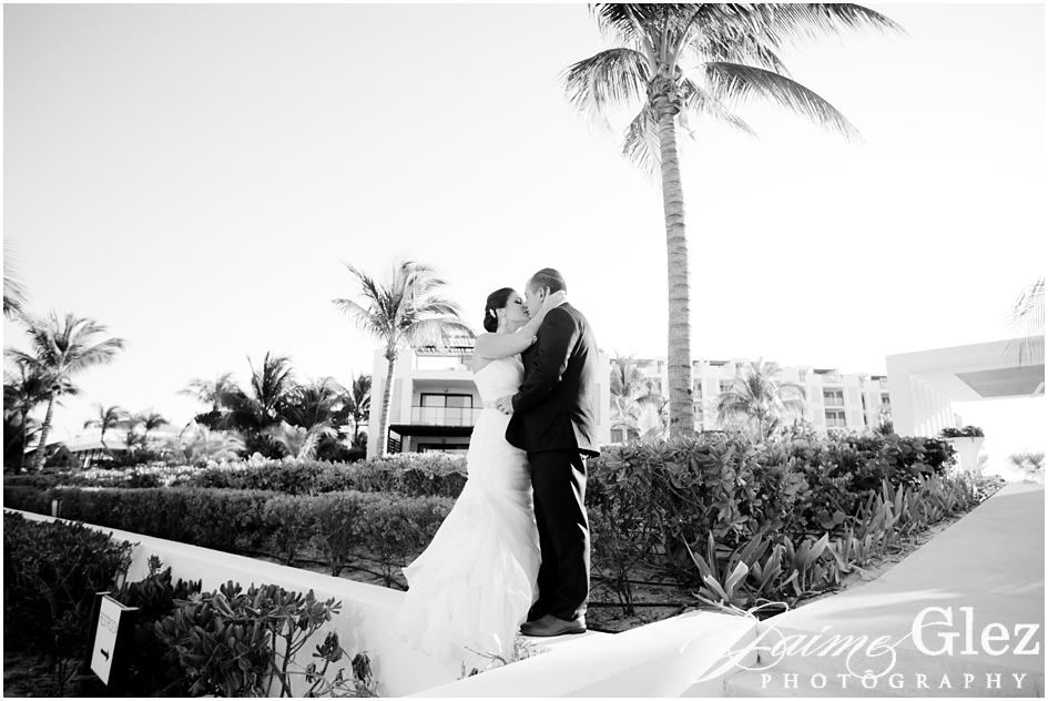 finest playa mujeres wedding pictures 23