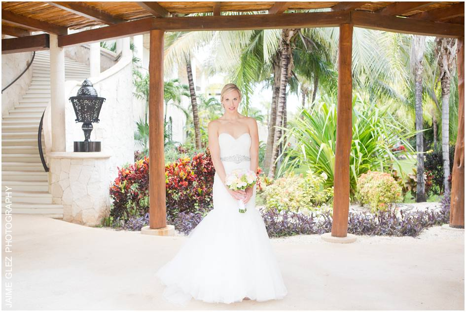 secrets maroma beach wedding photos 13