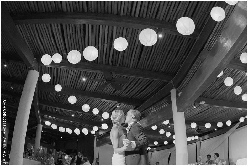 secrets maroma beach wedding photos 27