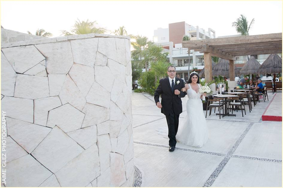 excellence playa mujeres wedding 14