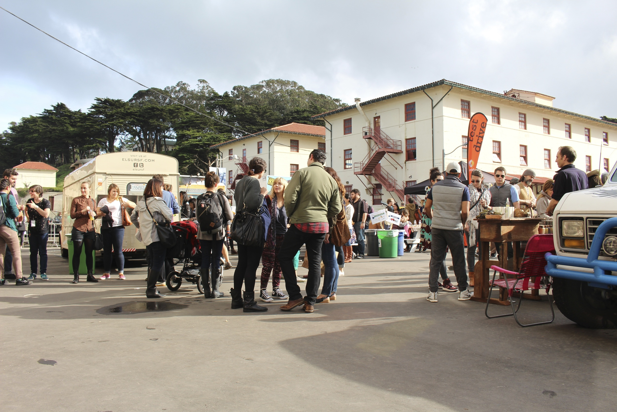 Who doesn't like a good craft fair full of food trucks, beer, and great company. #FortMason