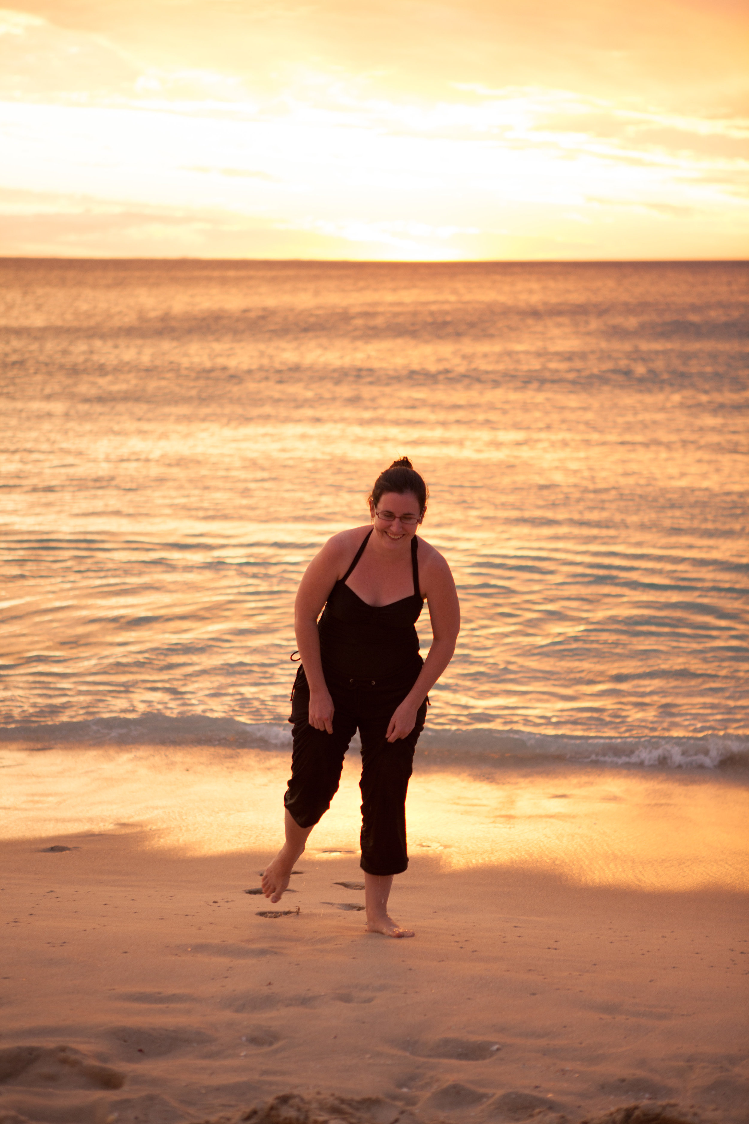 Suzanne's Birthday at Floreat Beach 65 - 2011-02-20 at 19-02-43.jpg