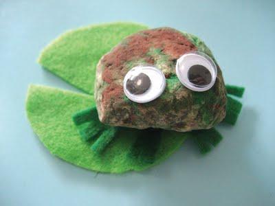 lionni_rock_frog_2.jpg