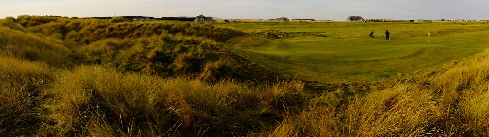 Dunes around the 4th green