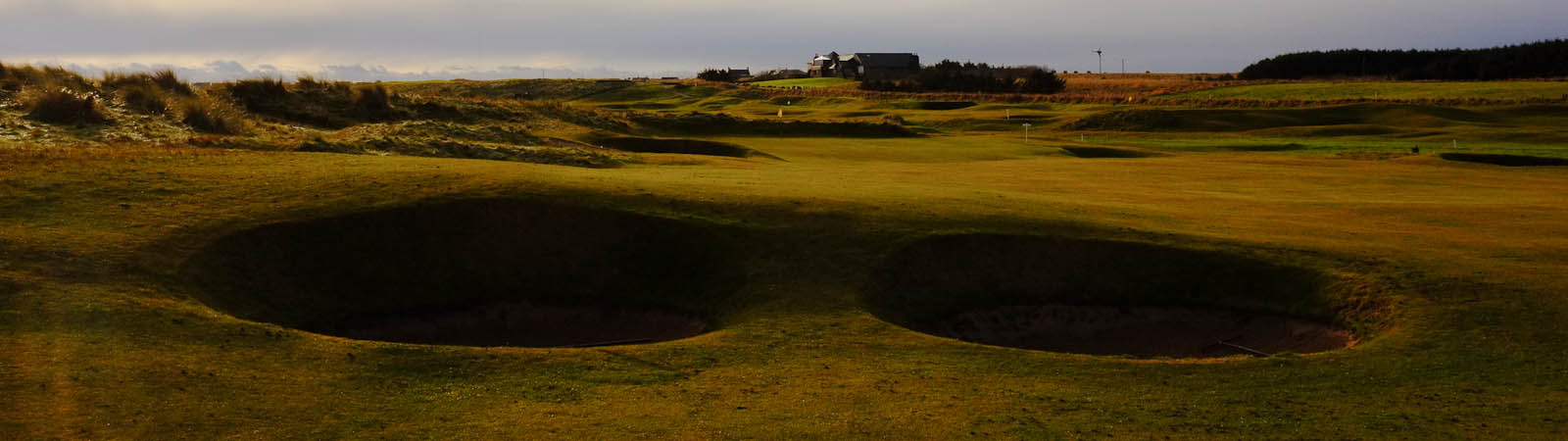 Bunkers on the 6th