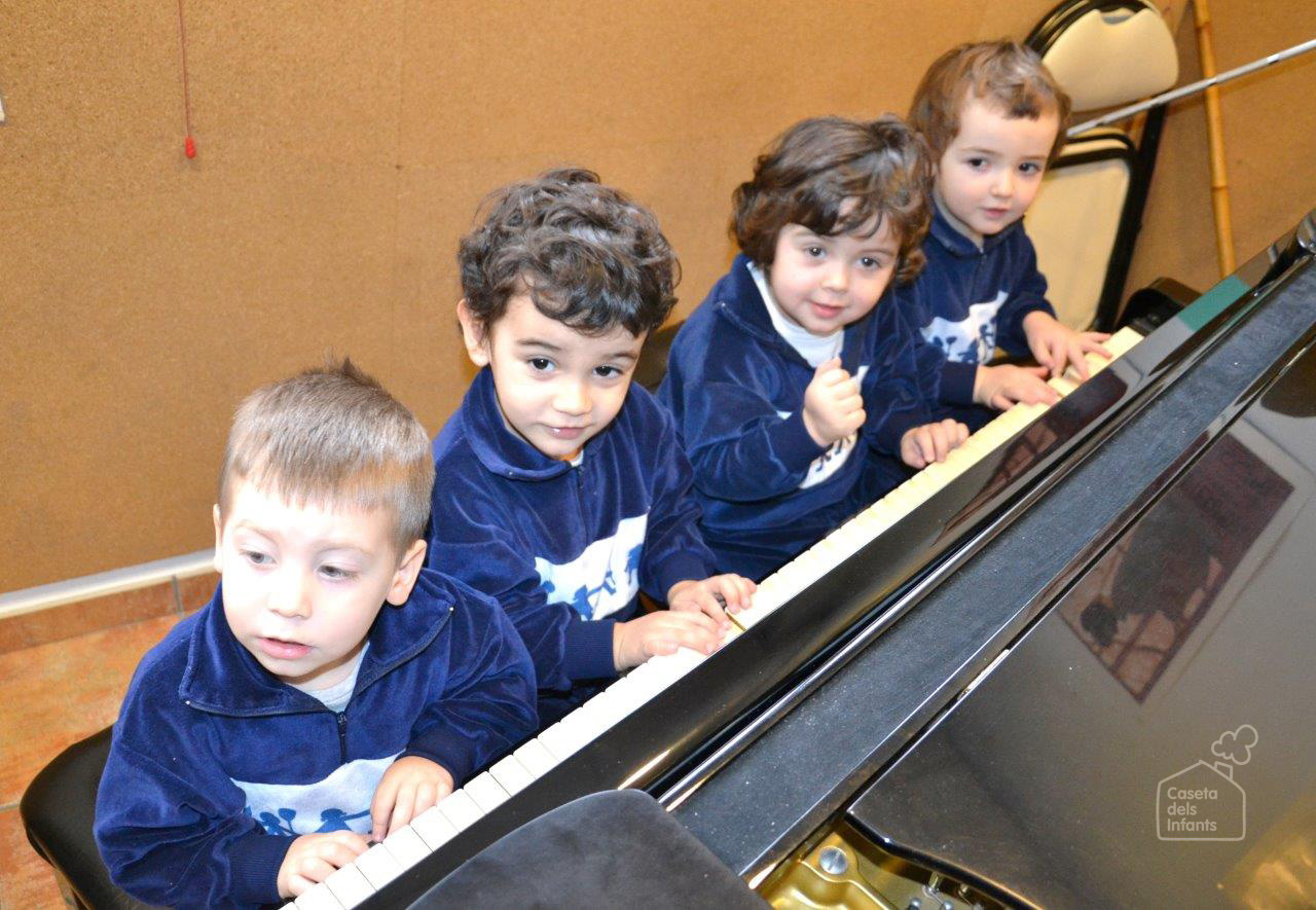 La_Caseta_dels_infants_Piano_02.jpg