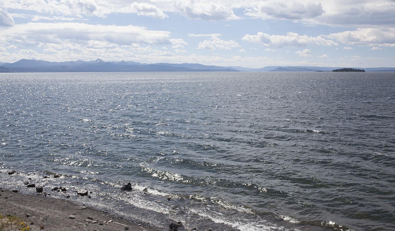 Ocean like lake